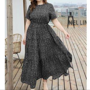 Plus size dot maxi dress- Black
